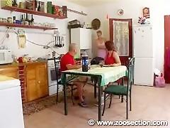 Video of a guy fucking with a real snake video de um cara comendo/sexo com uma cobra de verdade